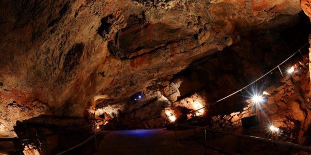 kents-cavern-2